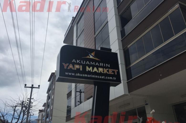 Akuamarin Yapı Market Tabela